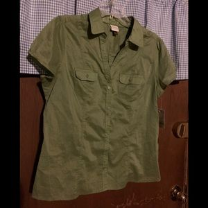 Sonoma Short Sleeve Button Down Top. Size L